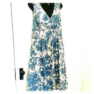 NWT Blue Tom Joule floral Dress sz 12 Joules
